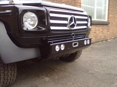 Shortie front bumper .....now finished and wired up....: )